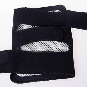 竹炭天然托玛琳护膝 中老年保暖自发热粘扣护膝 保健护具批发